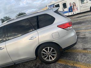 Nissan Pathfinder 2014 for Sale in North Miami, FL