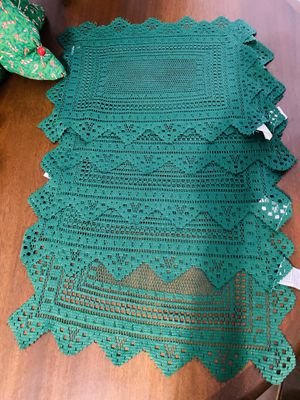 6 vintage retro antique Christmas green lace table placements for Sale in Sugar Land, TX