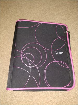Five Star pink and black binder! for Sale in Cadillac, MI