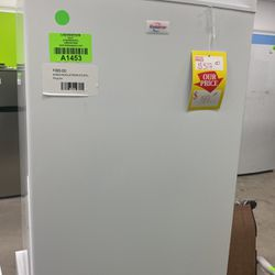 KOOLATRON KTUF8 Mini Stand Up Freezer ❄️❄️❄️ for Sale in Houston,  TX
