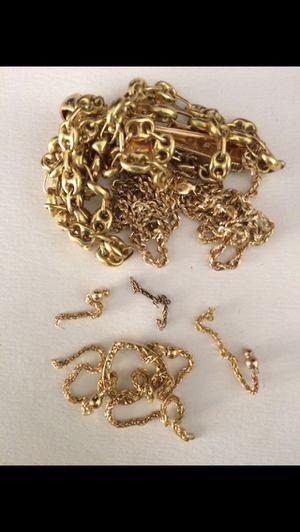 Compro Oro (Viejo, Roto, Feo, que no use) y se lo pago cash al momento for Sale in Hialeah, FL