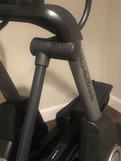 NordicTrack Elliptical- Free stride Trainer FS7i- -Lightly Used for Sale in Calabasas,  CA