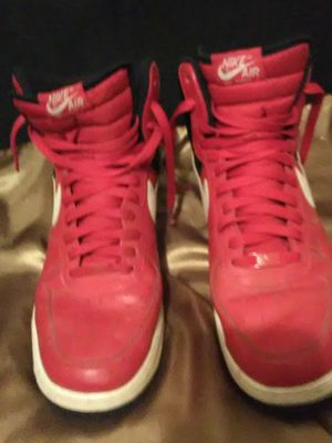 Size 12 Nike Red/black/white for Sale in Cuba, MO