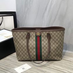 Woman's Gucci Bag for Sale in Brookline,  MA
