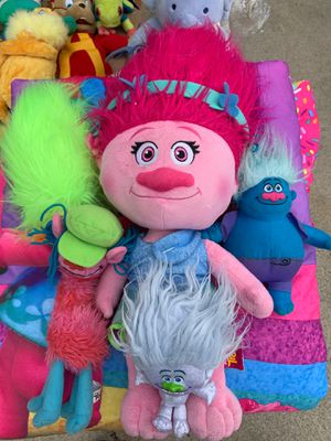 Troll Lot Collection Figures and bed sheets for Sale in Riverside, CA