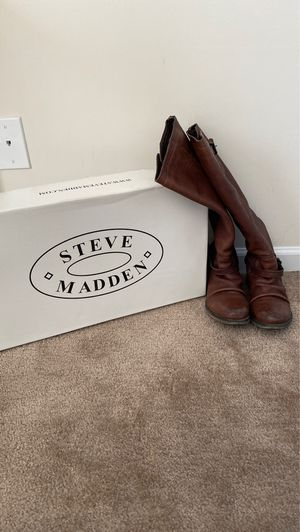 Steve Madden Leather Boots Size 9 for Sale in Lynchburg, VA