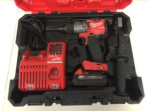Milwaukee FUEL M18 18 Volt Brushless Cordless 1/2 in. Hammer Drill Driver Kit 2 Ah battery included Hard case for Sale in Mesa, AZ