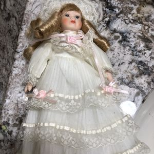 """NEW Victorian Reproduction 10"""" Porcelain Doll for Sale in North Royalton, OH"""