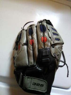 Baseball glove for Sale in Renton, WA