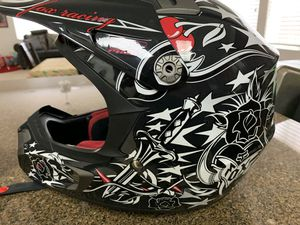 Fox helmet for Sale in Visalia, CA