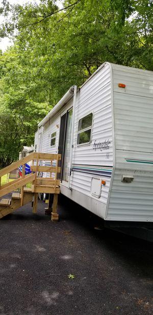 2001 keystone springdale 38ft travel trailer for Sale in ALBRIGHTSVLLE, PA