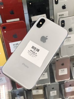 Silver IPhone X 64GB (CARRIER UNLOCKED) for Sale in Rancho Cordova, CA
