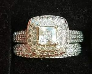 Stunning Sterling Silver wedding ring set for Sale in Baltimore, MD