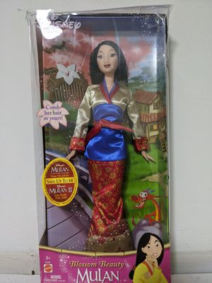 Disney Princess 2004 Blossom Beauty Mulan Barbie for Sale in Glen Ellyn, IL