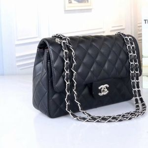 Black Purse/bag Chanel for Sale in Pompano Beach, FL
