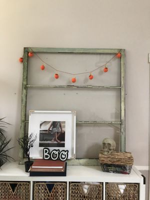 ANTIQUE WINDOW DECO PANE FRAME for Sale in Seattle, WA