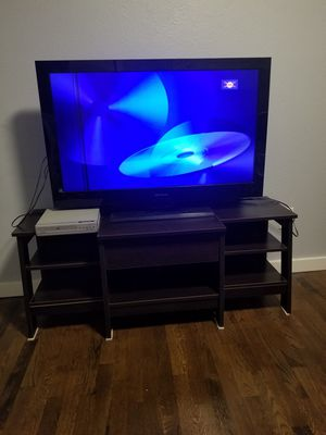 "40"" Emerson TV w/DVD player for Sale in Seattle, WA"
