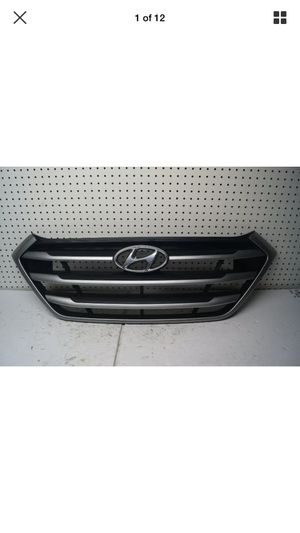 2016 2017 HYUNDAI TUCSON Front Grille OEM for Sale in Lynwood, CA