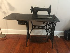 Vintage 1800's Singer Sewing Machine for Sale in Tampa, FL
