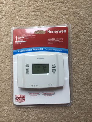 Honeywell Programmable Thermostat for Sale in Bristow, VA
