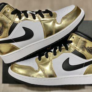 Jordan 1 Mid Metallic Gold 5.5 & 6 Y GS for Sale in Los Angeles, CA