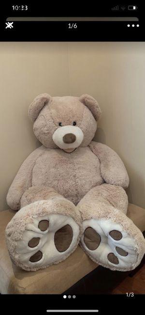 Giant Teddy Bear 4-5 ft for Sale in El Paso, TX