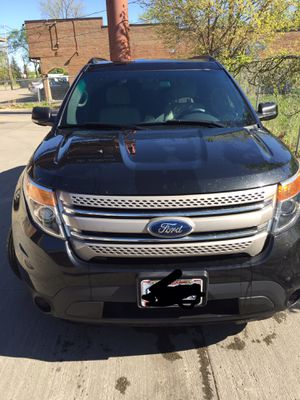 2013 Ford Explorer low miles 115,500 for Sale in Columbus, OH