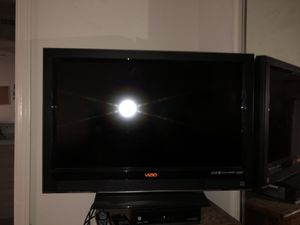 Vizio 32 inch HD TV for Sale in Irvine, CA