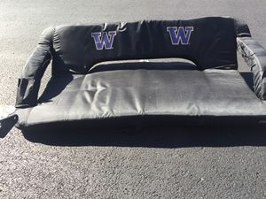 Stadium seating cushion for two for Sale in Evansville, IN