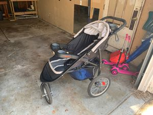 Graco FastAction Fold Jogger Click Connect Stroller for Sale in St. Louis, MO