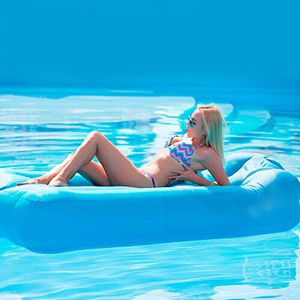 Twin XL inflatable mattress pool float for Sale in Wildomar, CA