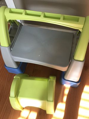 Kids plastic desk with chair. for Sale in West Chicago, IL