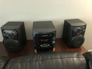 Panasonic 5 cd stereo system - perfect condition. for Sale in Chicago, IL