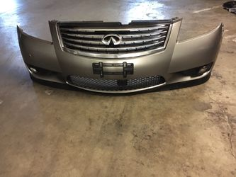 Infiniti M35/45 Front Bumper With Grills, Fog Lights And Assemblies Oem Fits Year 2007-2010 for Sale in Downey,  CA