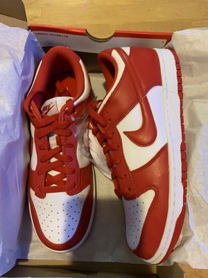 Nike dunk university red 8.5(NO TRADE) for Sale in Los Angeles, CA