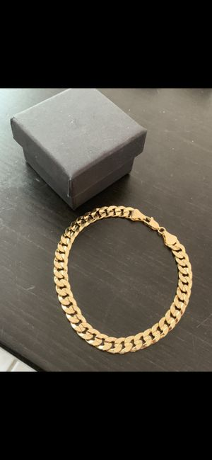 14k gold 8mm cuban bracelet Italian made for Sale in Tampa, FL