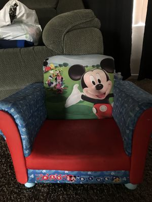 Kids mickey chair for Sale in Clovis, CA