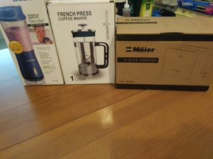Kitchen bundle (French Press, Blender, and Toaster) for Sale in Frederick, MD