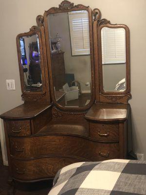Antique Oak Dresser c1900 for Sale in Redondo Beach, CA