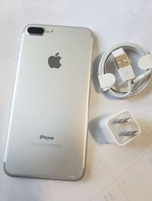 Factory Unlocked iphone 7 plus , sold with store warranty 128 gb for Sale in Cambridge, MA