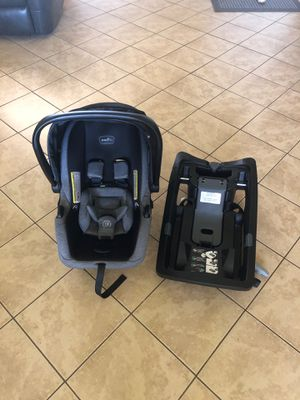 Infant car seat for Sale in West Richland, WA