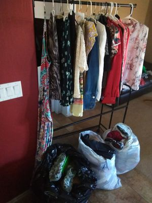 4 bags full!!! Woman items for Sale in Goodyear, AZ
