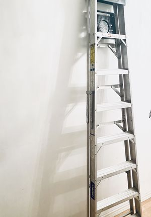 8 foot aluminum husky ladder for Sale in ARSENAL, PA