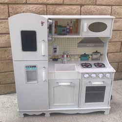 Kitchen For girl for Sale in Oxnard,  CA