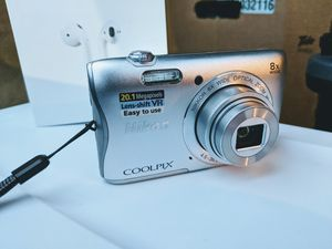 Digital Camera Nikon Coolpix S3700 ( 20.1mp 36mm, VR) for Sale in Everett, WA