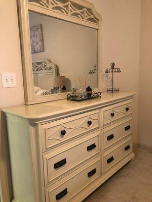 Bed set for Sale in Alexandria, VA