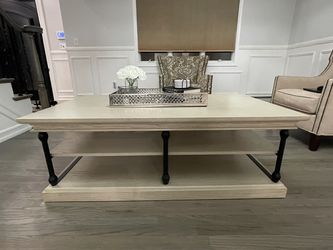 Brand New Coffee Table for Sale in Staten Island,  NY