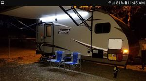 2017 coleman lite travel trailor for Sale in Hendersonville, NC