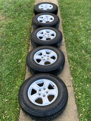 SET OF 5 JEEP OEM GLADIATOR WHEELS for Sale in Silver Spring, MD