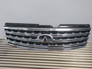 2006 2007 Infiniti M35 M45 Front Upper Grill Grille Assembly 06 07 w/emblem OEM for Sale in Fort Lauderdale, FL